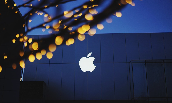 apple-1839363_960_720