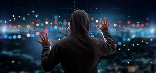 hacker-activando-informacion-datos-comercio-bolsa-negocios_110893-90