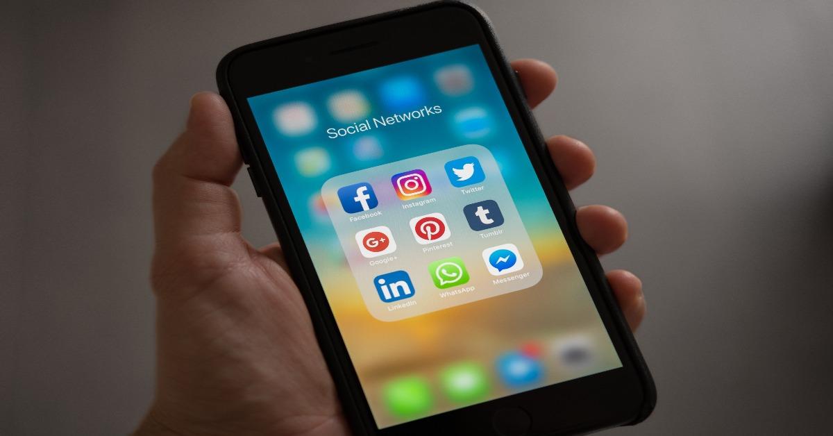 herramientas de monitoreo de redes sociales